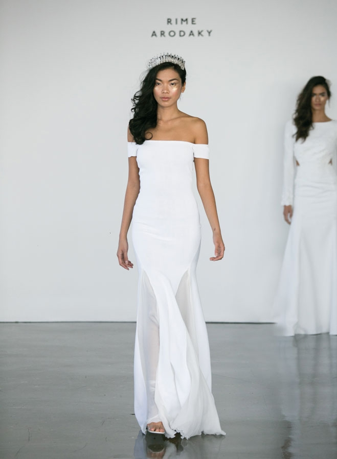 meghan markle wedding gown, minimal wedding dress