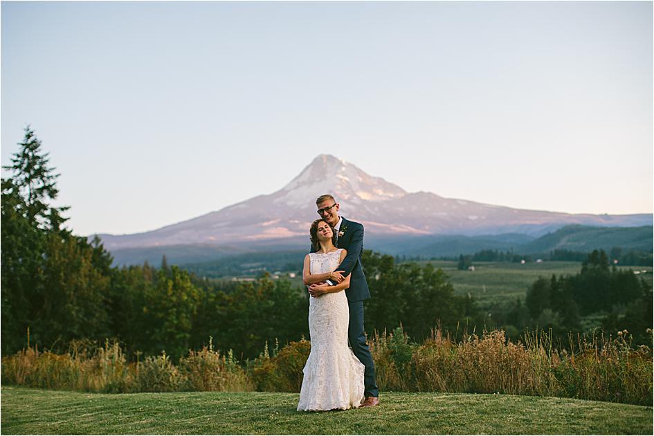 oregon bride, oregon wedding, oregon bride magazine, wedding planning, oregon wedding venue, mt hood wedding, oregon wedding photographer