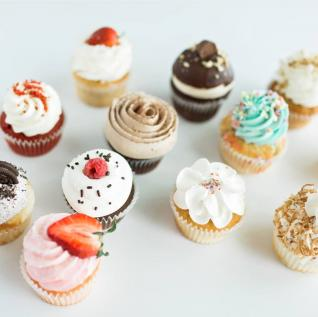 Cupcakes: Luc Sucre, Photo: Road 40 Photography