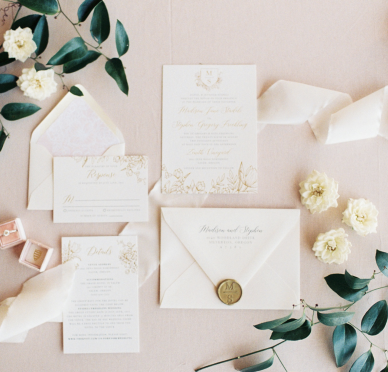 Photo by Jami Rae Photo, Invitation by Letters & Dust, Styling by Swoon Event Design, Planner: Class Act Events